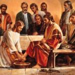 Quinta-feira Santa – Lava-pés deslocamento que amplia a visão da vida